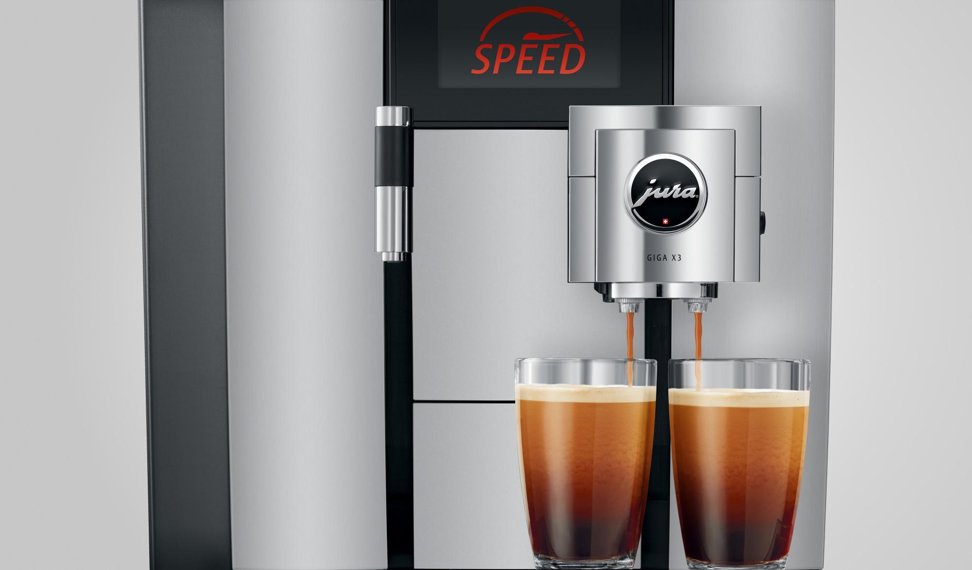 In korte tijd twee koffies maken met versgemalen bonen