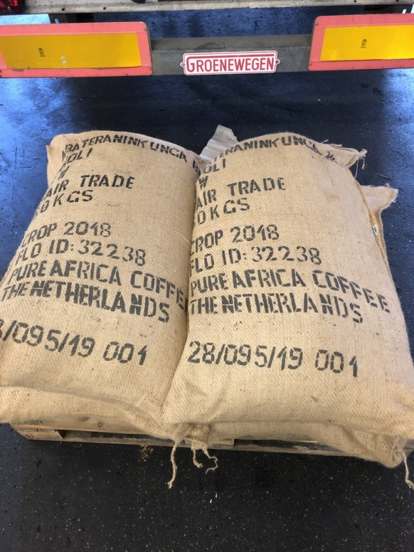 Pure Africa import coffee for offices from Africa